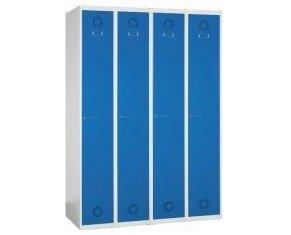 Taquilla de cuatro puertas. Las taquillas se envían montadas y paletizadas o desmontadas en cajas para montaje por parte del cliente.