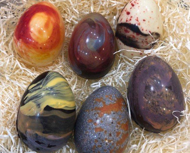 Huevos de chocolate. Especial diadas.