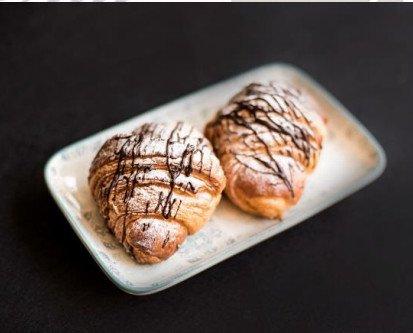 Croissant chocolate. Relleno de crema de chocolate