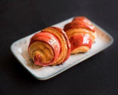 Croissant de 2 colores. Cheese cake frambuesa 30,55 y 70 gr