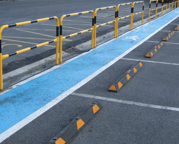 Pasillos peatonales. Protección de atropello. Paso de Carretillas, Vehículos Pesados)
