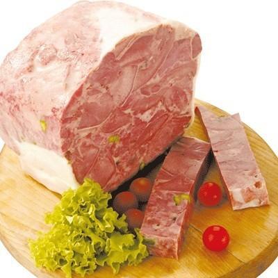 Cabeza de cerdo ibérico . Con pistacho