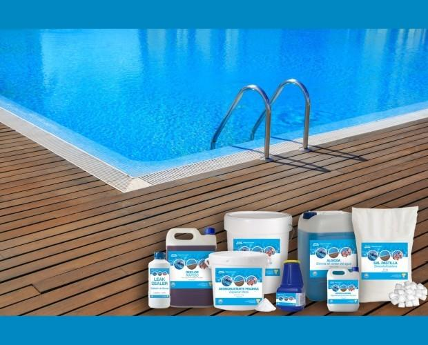 Im genes de dispool productos para piscinas for Productos piscinas