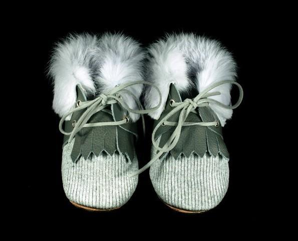 Botas de bebé. Botitas estilo indio de piel
