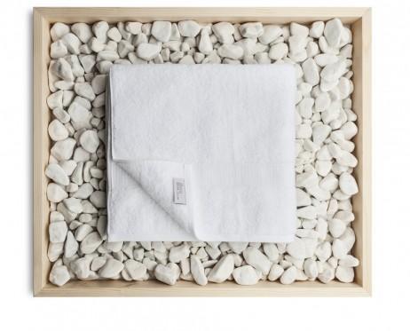 Toalla de ducha 77 x 140 cm. Toalla blanca de rizo de algodón egipcio de 600 g/m2.