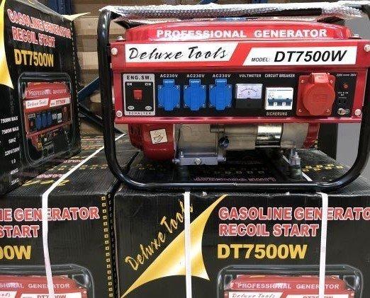 Herramientas Eléctricas.Lote de generadores de Luz marca Alemana.Arranque automatico / Manual, gasolina