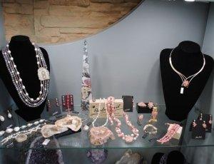 5% de descuento comprando joyería mineral
