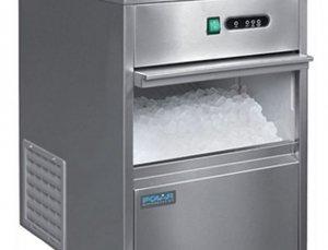 Máquina de hielo bajo mostrador 20kg de producción Polar Ser