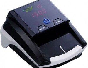 10€ de descuento comprando Detector de Billetes Falsos